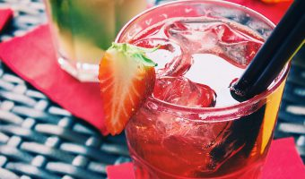 Make your happy hour happier with a pregnancy-friendly healthy mocktail.