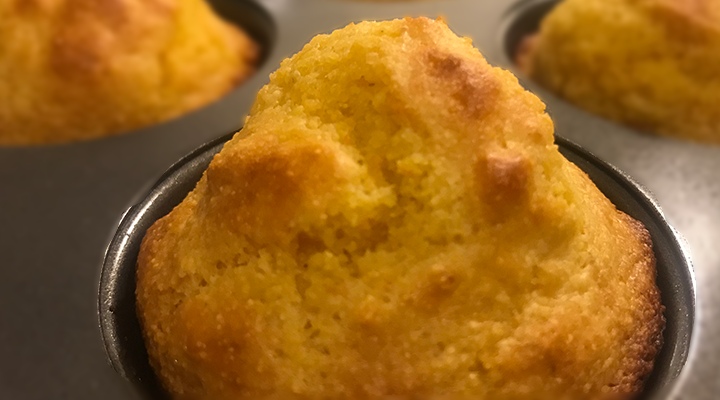 Mouth-Healthy Recipe: Low-Sugar Corn Muffins