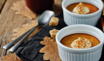 To avoid the sugar and starch often found in pumpkin pie, try this festive sugar-free recipe for pumpkin pudding.