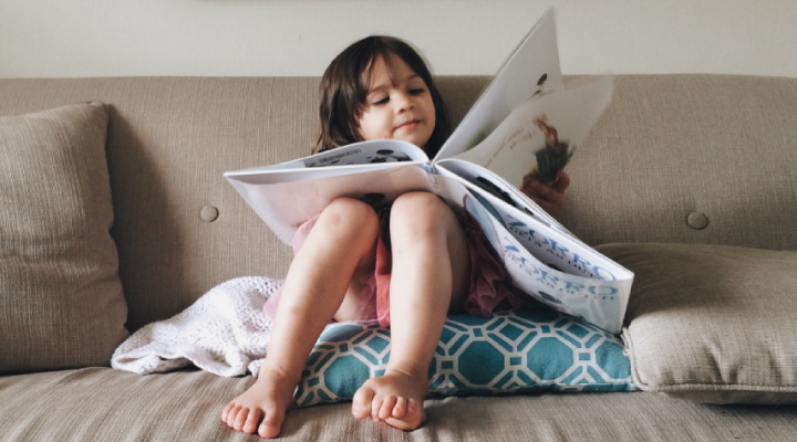 Move over princesses and dinosaurs—Tooth Fairy books are the new stars in town. Here are 5 of the best books about the Tooth Fairy to help you out: